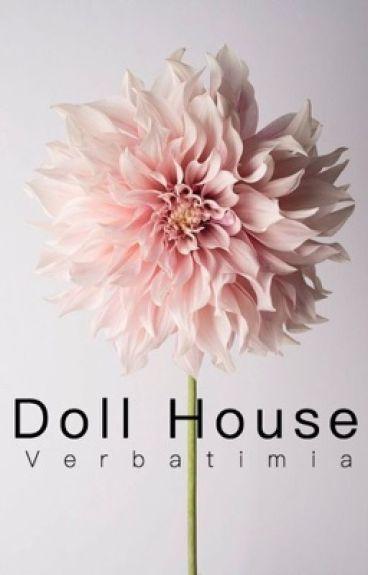 Doll House™ [l.s.] a/b/o