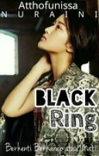 Black Ring by AtthofunnissaNuraini