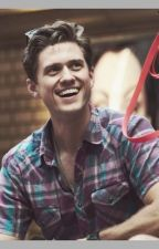 Songs, dates and heart shaped pancakes ---- An Aaron Tveit  fan fiction by SmileyDubs92