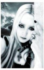Une vampire amoureuse by LilouManon