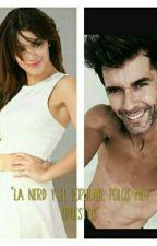 """▷""""La Nerd y El Popular Polos Muy Opuestos""""◁(Mariali♡) by venuus_o_o_"""