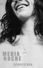 Media noche. Harry Styles. |OS| by spideystark-