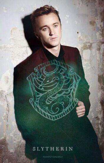 Slytherin Hearts- Niemand weiß, wer du wirklich bist. (Draco Malfoy FF)