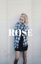 ROSE. M-E. [en pause] by nashismine
