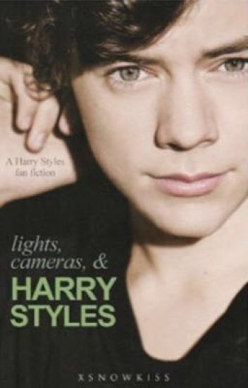 Lights, Cameras, & Harry Styles || Italian Translation ||