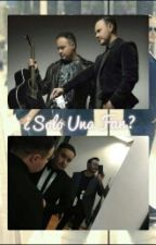 ¿Solo Una Fan? (JL & Tu) by July_Cat