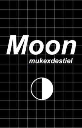 Moon by mukexdestiel