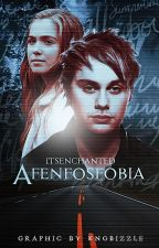 Afenfosfobia;  Michael Clifford by its_michaelgirl
