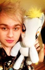 Michael Clifford x Reader (Smut, Fluff, Lime.) by Inzanitiix