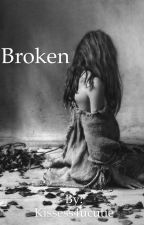 Broken ( One Direction ) *ON HOLD & UNDER CONSTRUCTION* by Kissess4ucutie