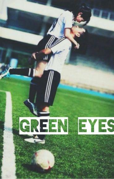 Green eyes.|| Paulo Dybala