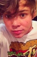Falling for my Step Brother ( Ashton Irwin) by UnionJ2013