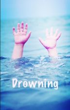 Drowning by fluffy21012