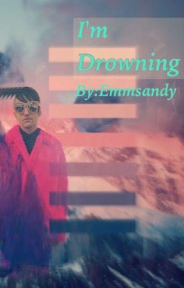 I'm Drowning (a scömìche fanfiction)