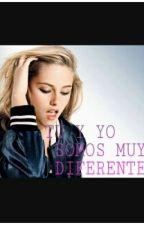 TÚ Y YO SOMOS MUY DIFERENTES by Idont_have_blue_eyes