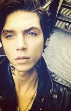 Vampire Andy Biersack x Reader by ankakimia