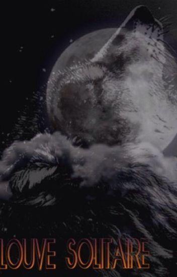 Une louve solitaire