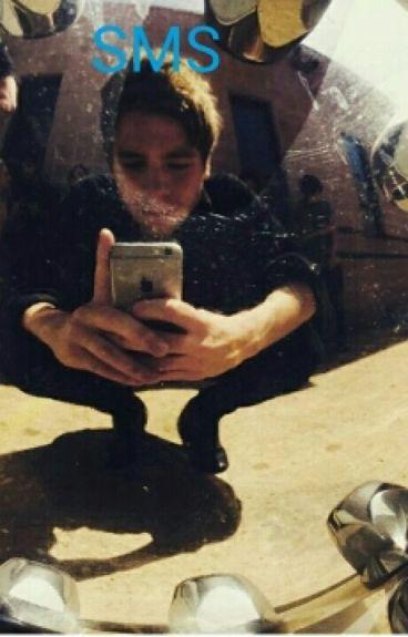 SMS ~Luke Hemmings~(français)
