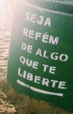Sua Vida De Reflexão  by LarissaValentim791