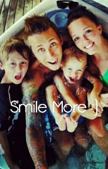 Smile More :) (Roman Atwood FanFic)