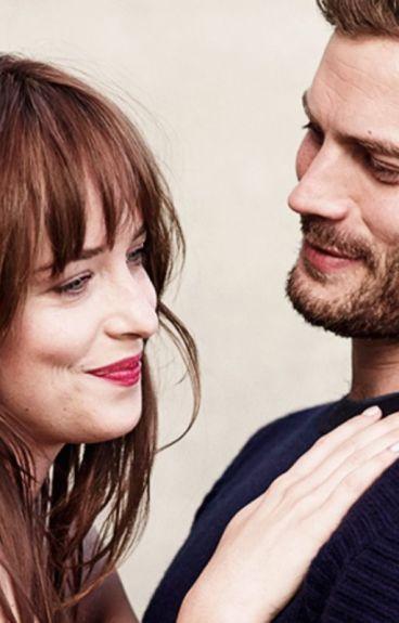 Nuestra propia película (Jamie y Dakota)   #Wattys2016