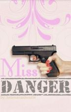 Miss danger (J.N)  by helenavanhoutte