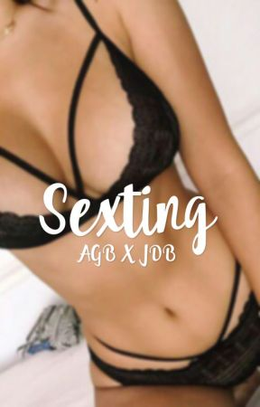 Sexting by jarianaisgoals