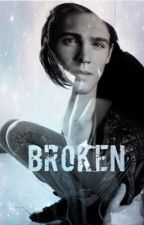 Broken ( completed )  by Beautiful-Nothings
