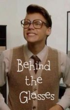 Behind the Glasses (One Direction FanFiction) by nialls_irishblueyes