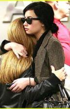 My savior (A Demi Lovato story) by praisinglovato