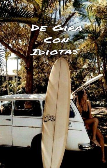 De Gira Con Idiotas   The Tide & New Hope Club  