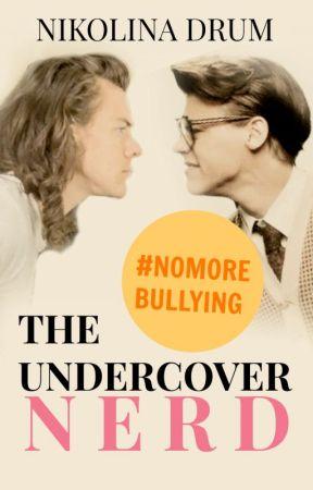 The Undercover Nerd by NikolinaDrum
