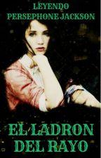 LEYENDO PERCY JACKSON Y EL LADRON DEL RAYO by norlacorrea