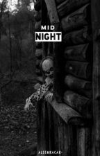 # Mîdnîght. by goldtrash-