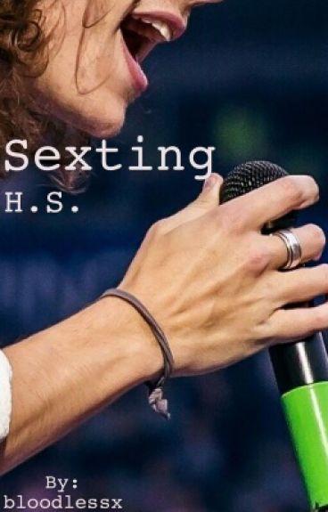Sexting >> H.S. #Wattys2016