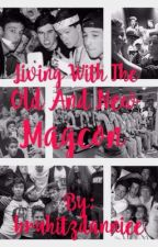 Living with the old and new magcon{COMPLETE} by jonahsbae
