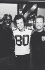 The Quarterback's Benefits *Harry Styles fanfic* by MariahZombie