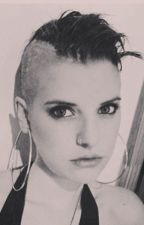 Juliet Simms es una Perra! by Sweety_Kitten