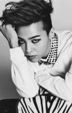 ¡G-Dragon Me Persigue! (Acosador Enamorado) by NataliaGD88