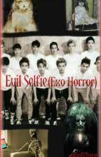 Evil Selfie by ExoECJiyeon