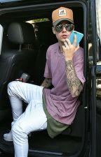 Vivendo com Justin Bieber. by entrenoites_