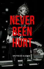 Never Been Hurt // Luke Hemmings (SLOW UPDATE)  by elshood