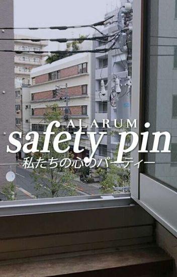 safety pin ✶ lrh [hiatus]