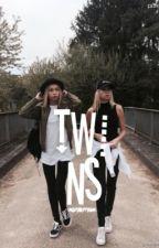 • Twins • by xMoritosx