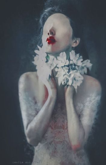 KISSED BY DEVIL 1•Vampire's Kiss
