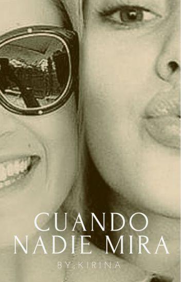 Cuando nadie mira. ( Elycia- Yuri) Alycia Debnam Carey - Eliza Taylor
