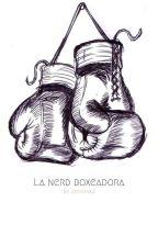 La Nerd Boxeadora by Zentaya2