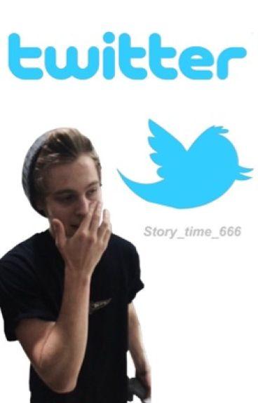 Twitter- Luke Hemmings✔️ {completed}