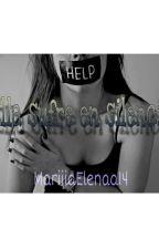 Ella sufre en silencio. by mariiiaelenaa14