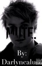 Mute. (Michael Clifford) by darlyncalum
